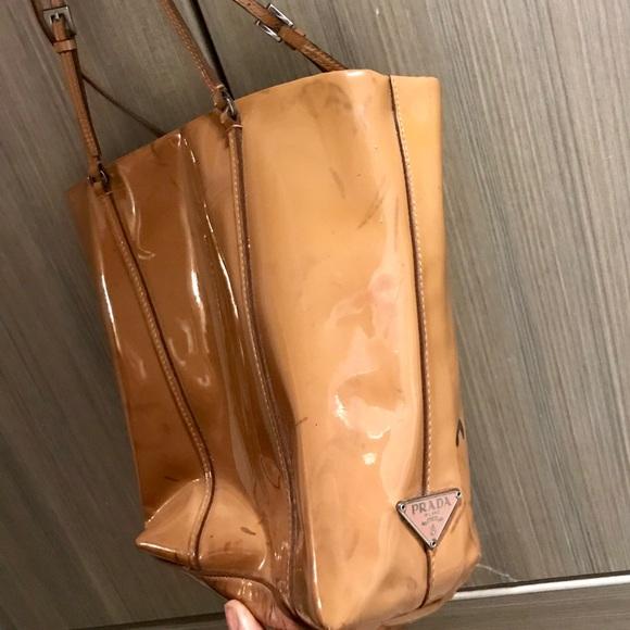 ee10e08eccb1 Auth Prada Tan Patent Leather Micro Mini Handbag. M_5b34362a7386bc1ab79eab43